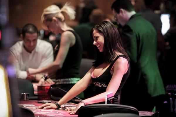 法国扑克玩家收入超过3万欧元即将缴税